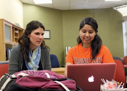 Jennifer Stewart provides academic and career advising to Analit Chambi-Rojas, a sophomore in the Department of Crop and Soil Environmental Sciences.