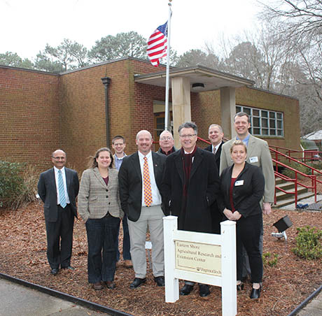 President Sands tours Eastern Shore AREC